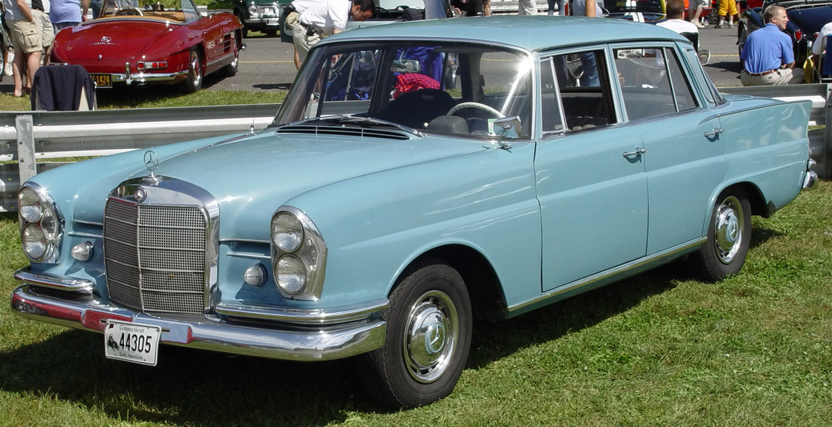 mercedes-benz 220-pic. 2