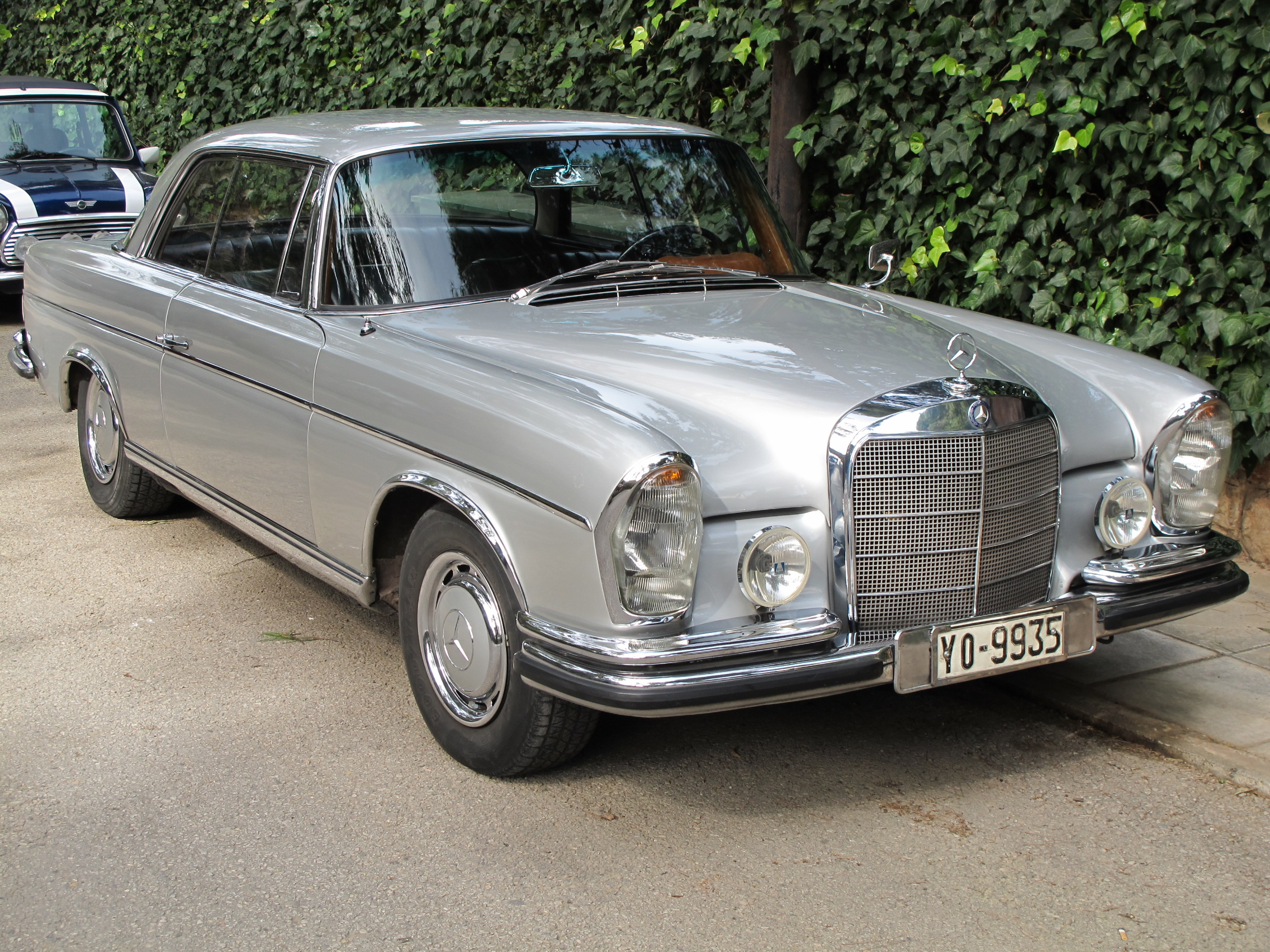 mercedes-benz 250 coupe-pic. 3