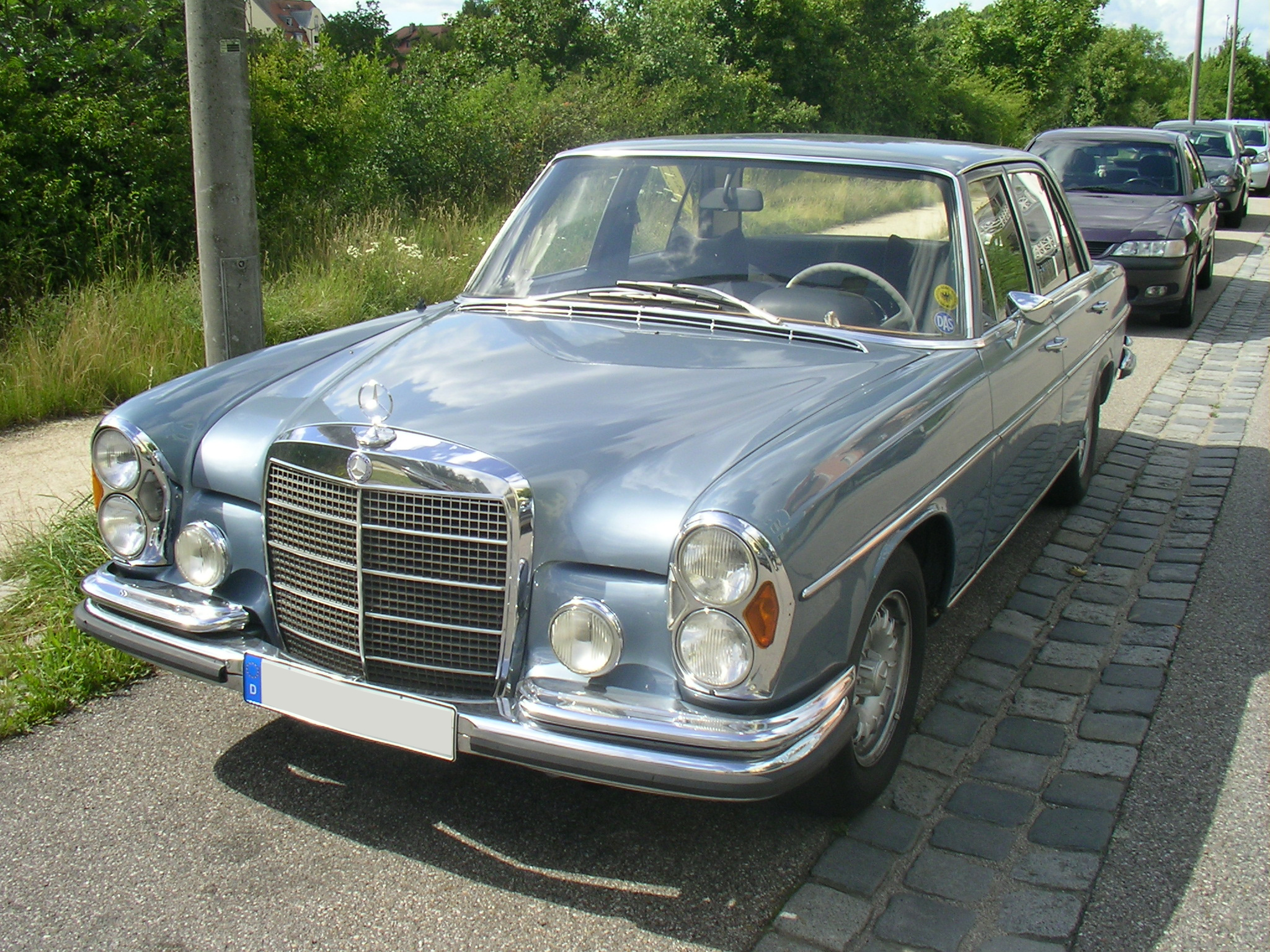 Mercedes Benz 280 S Photos And Comments