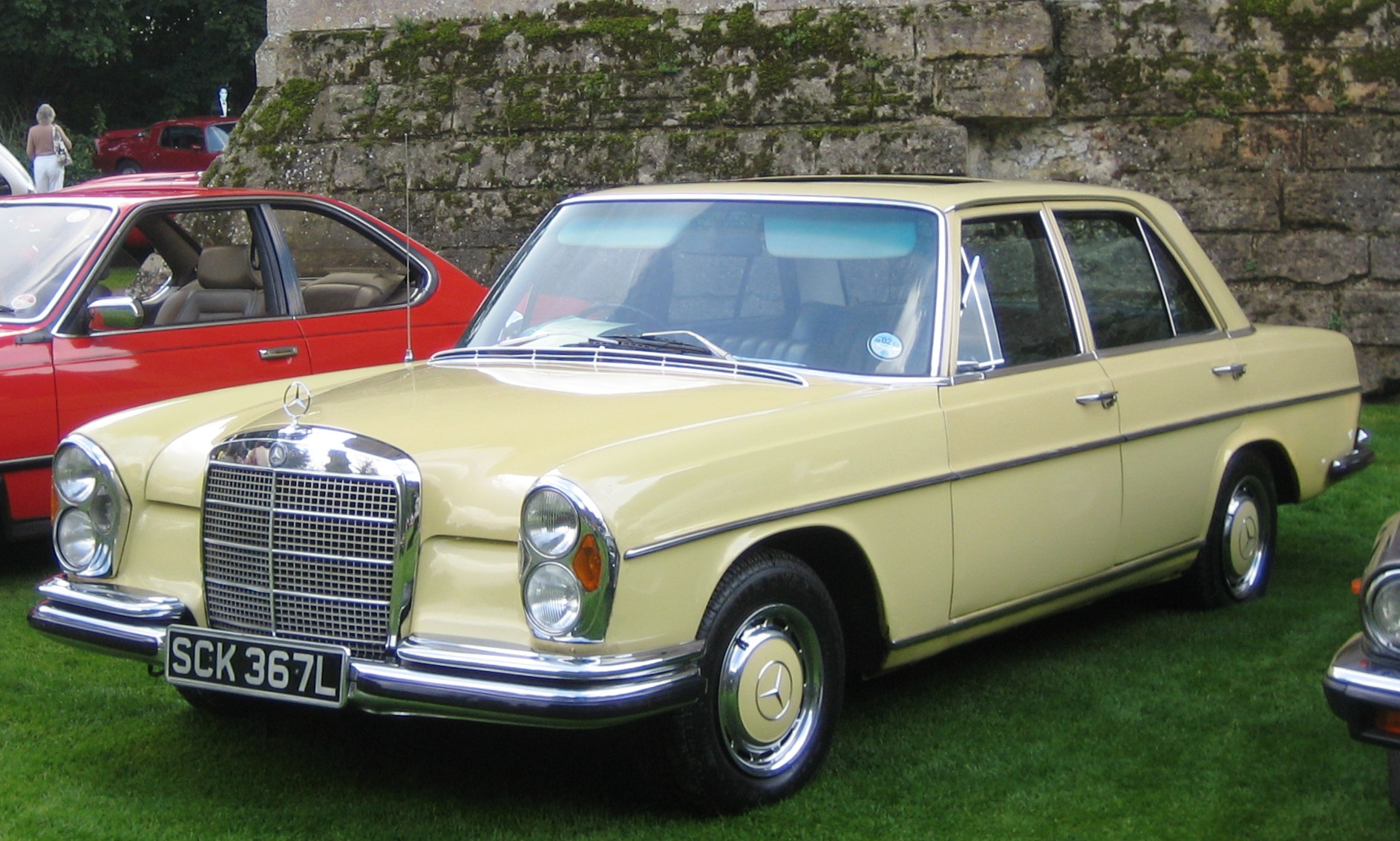 Mercedes Benz 280 Se 3 5 Photos And Comments Www