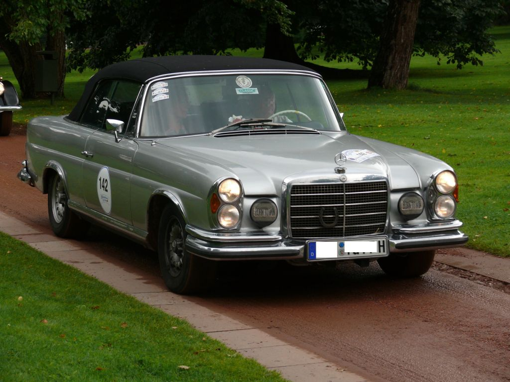 Mercedes Benz 280 Se 3 5 Cabriolet Photos And Comments