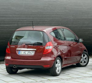 mercedes-benz a 200-pic. 3