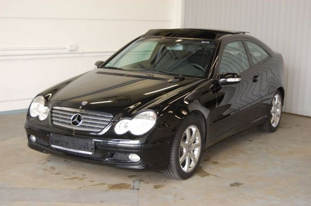 mercedes benz c 200 k sportcoupe photos and comments. Black Bedroom Furniture Sets. Home Design Ideas