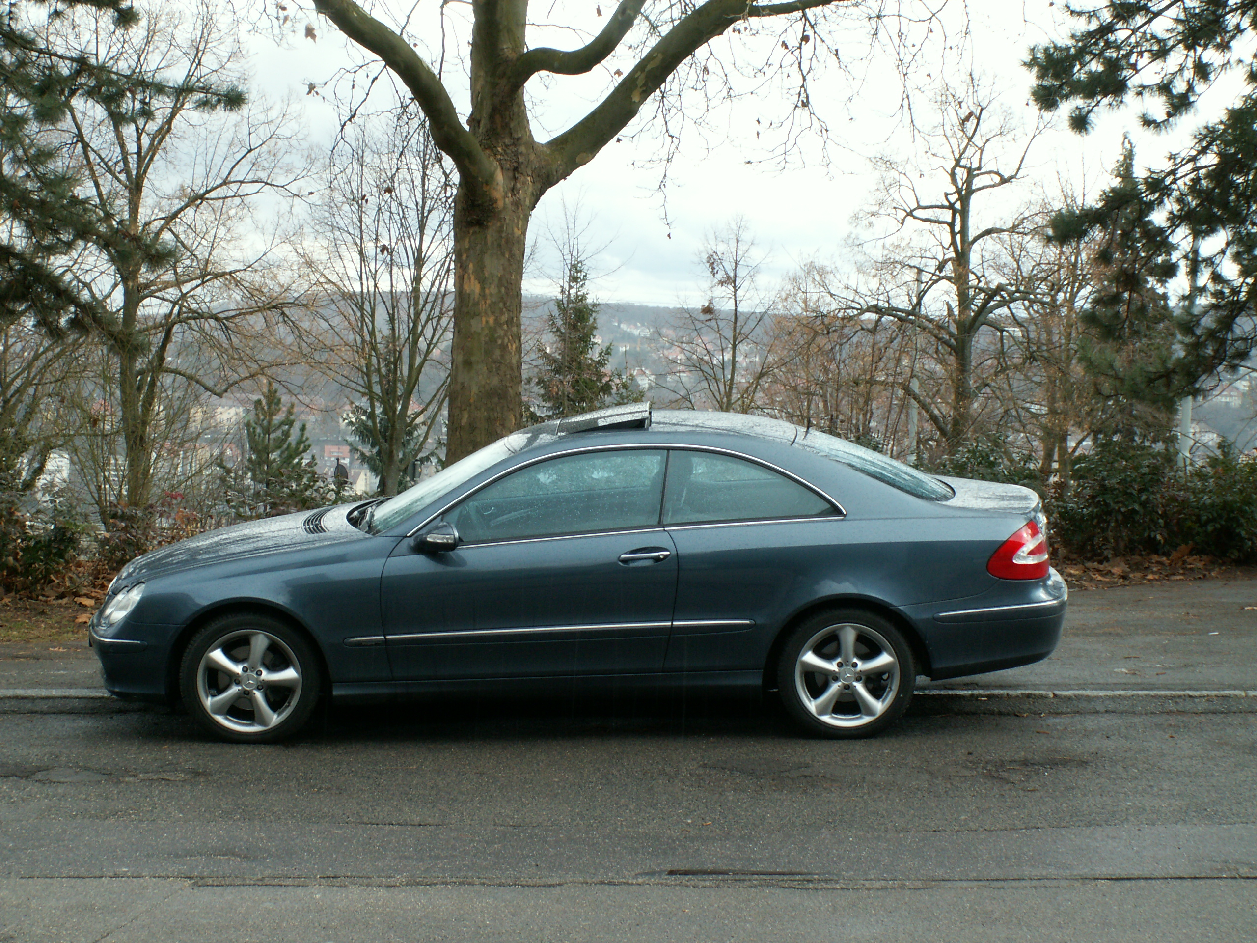 mercedes benz clk 270 cdi photos and comments