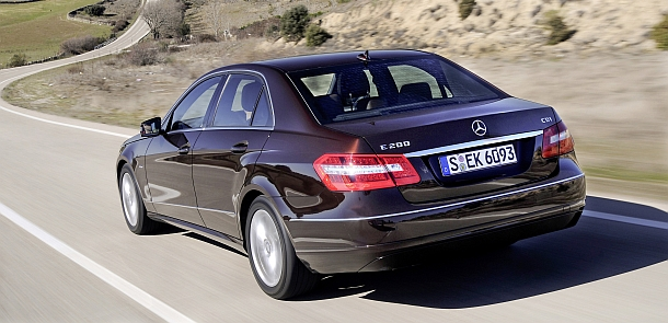 mercedes benz e 200 cdi classic photos and comments. Black Bedroom Furniture Sets. Home Design Ideas