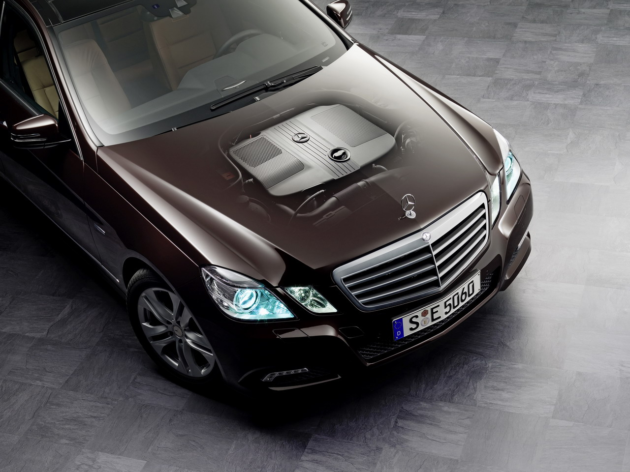 mercedes benz e 250 cdi blueefficiency photos and comments. Black Bedroom Furniture Sets. Home Design Ideas