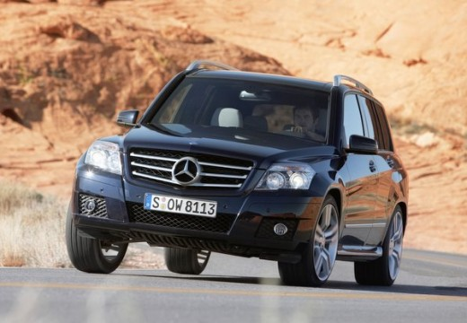 mercedes benz glk 350 cdi photos and comments. Black Bedroom Furniture Sets. Home Design Ideas