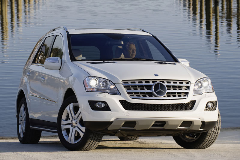 mercedes benz ml 350 cdi photos and comments. Black Bedroom Furniture Sets. Home Design Ideas