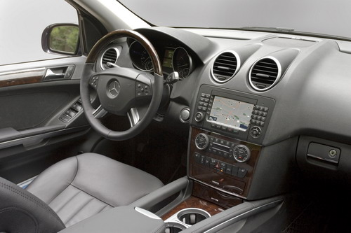 mercedes-benz ml 550-pic. 2