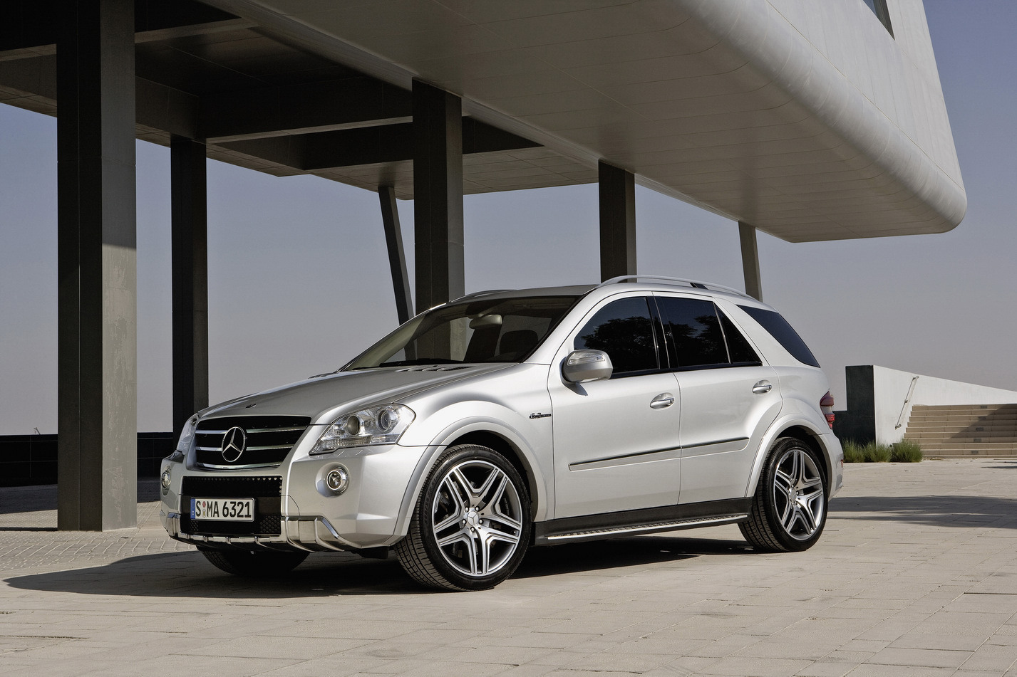mercedes-benz ml 63 amg-pic. 1
