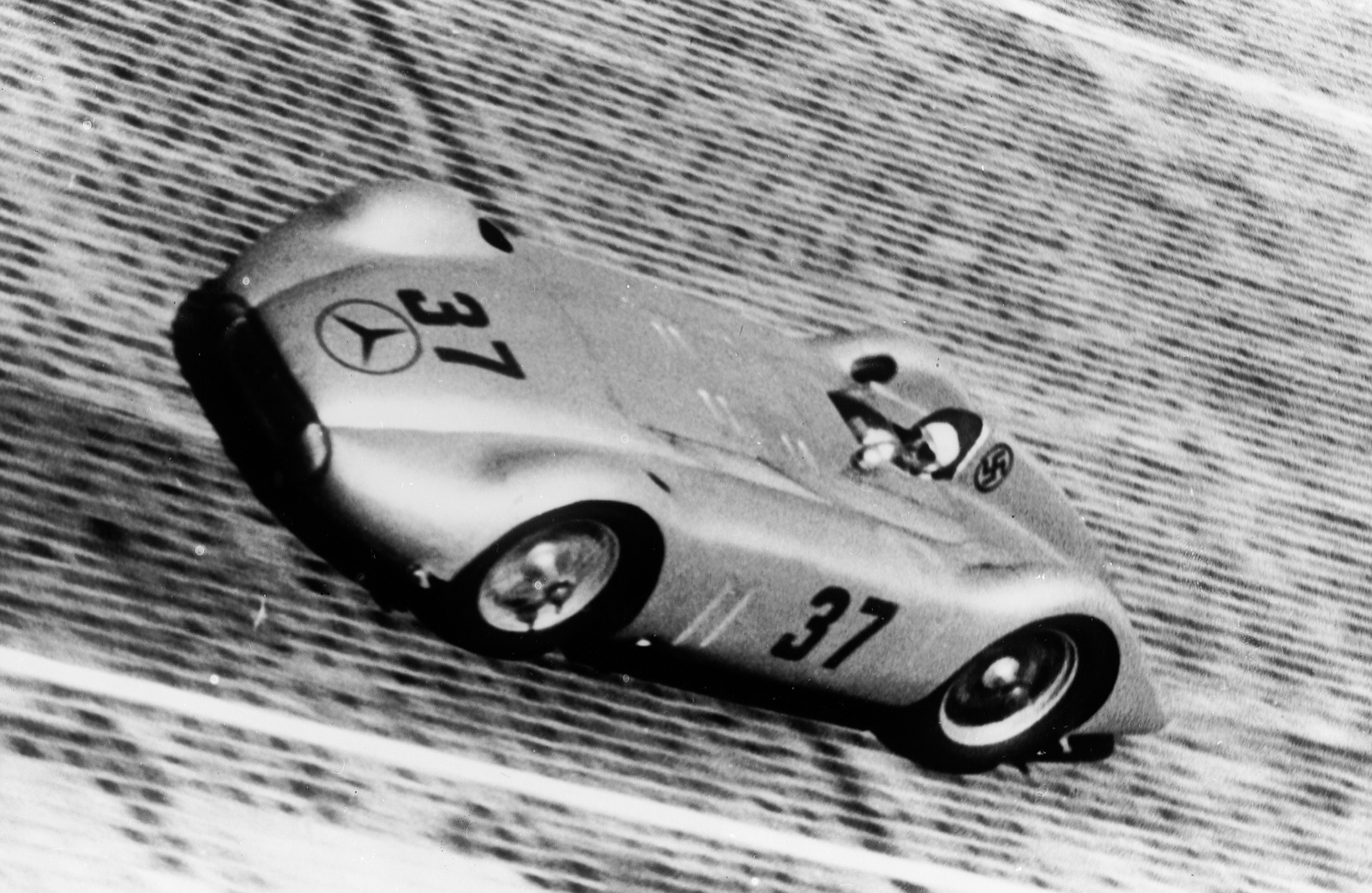 mercedes-benz streamliner #1
