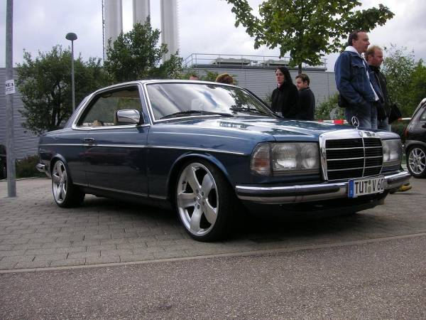 mercedes-benz w 123 coupe #4