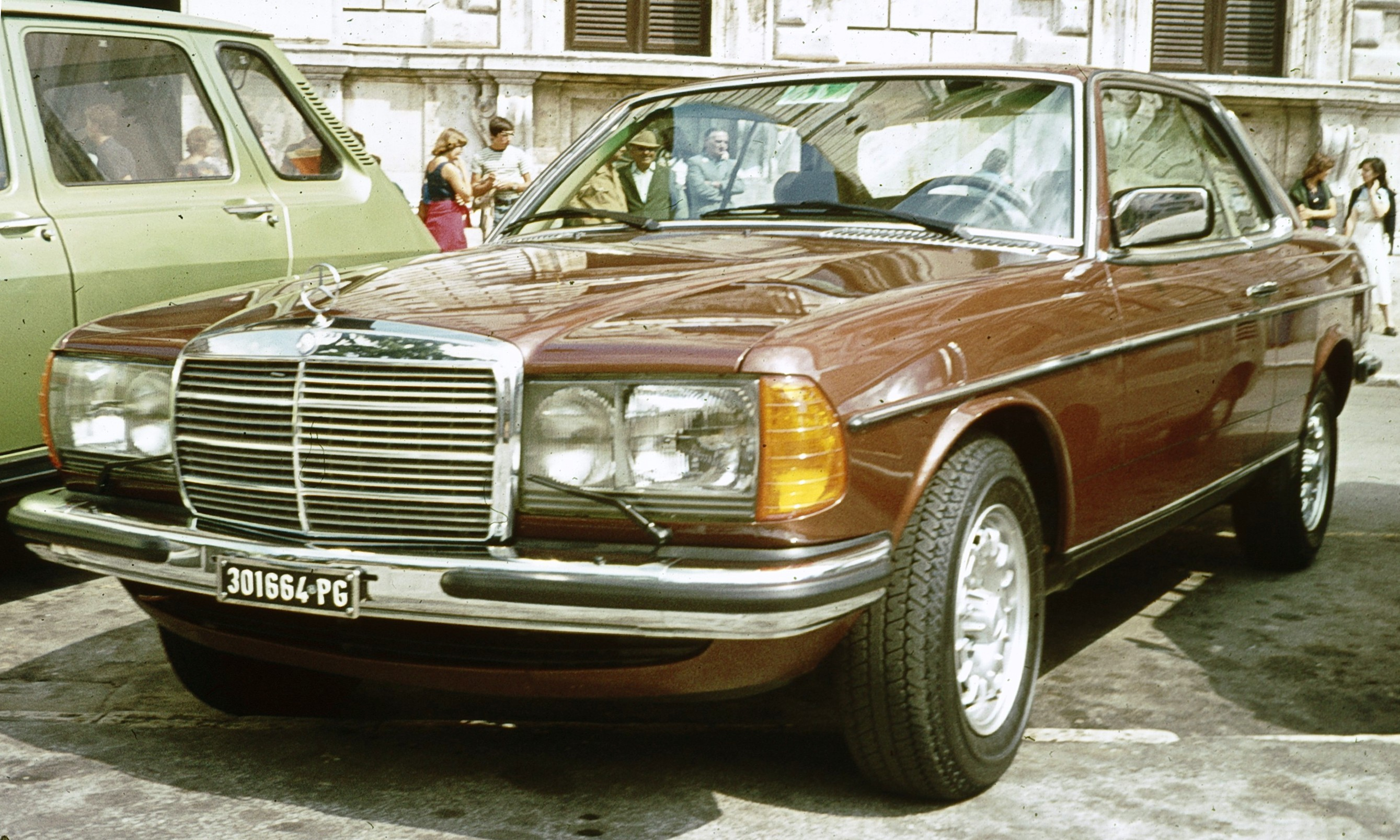 mercedes-benz w123 coupe #1