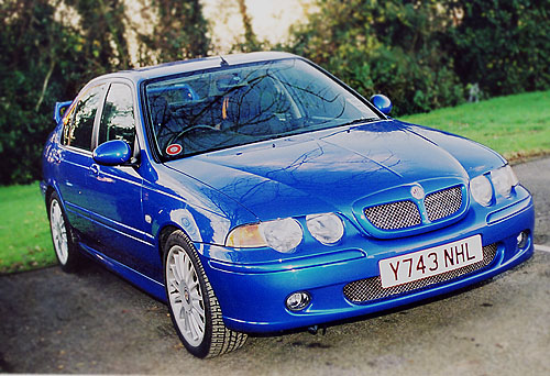 mg zs saloon-pic. 2