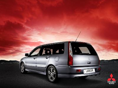 mitsubishi lancer kombi 1 6 photos and comments. Black Bedroom Furniture Sets. Home Design Ideas