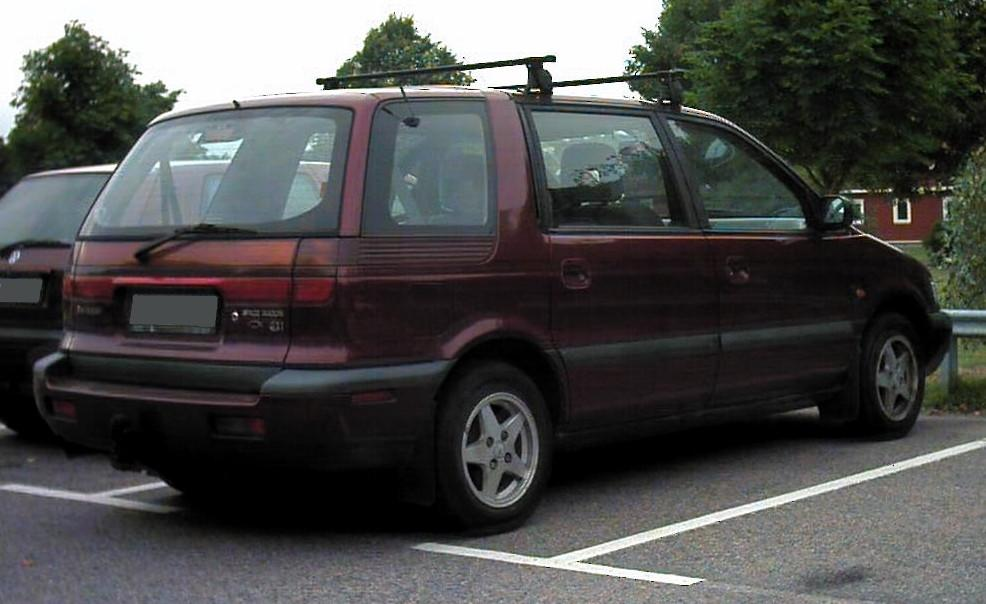 mitsubishi space wagon #0