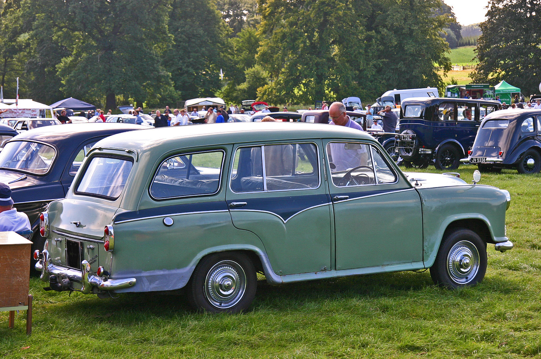 morris oxford estate-pic. 2