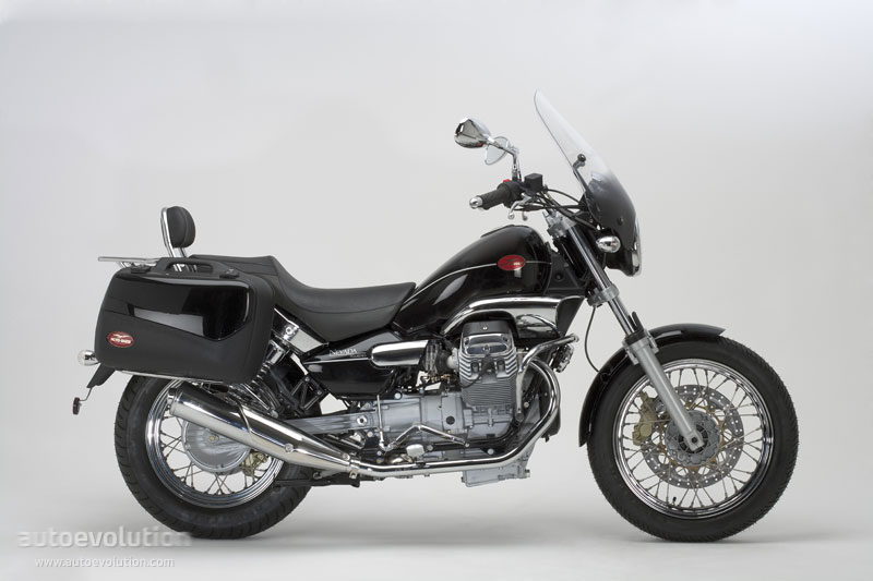moto guzzi nevada 750 touring photos and comments. Black Bedroom Furniture Sets. Home Design Ideas