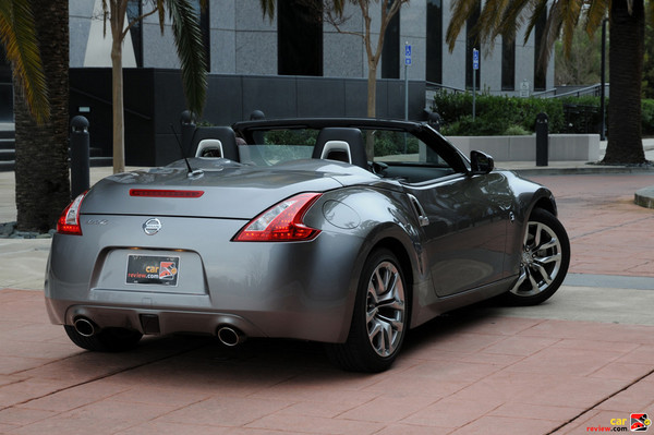 nissan 370z roadster touring-pic. 2