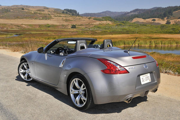 nissan 370z roadster touring-pic. 3