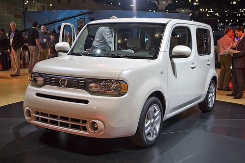 nissan cube 1.6-pic. 3