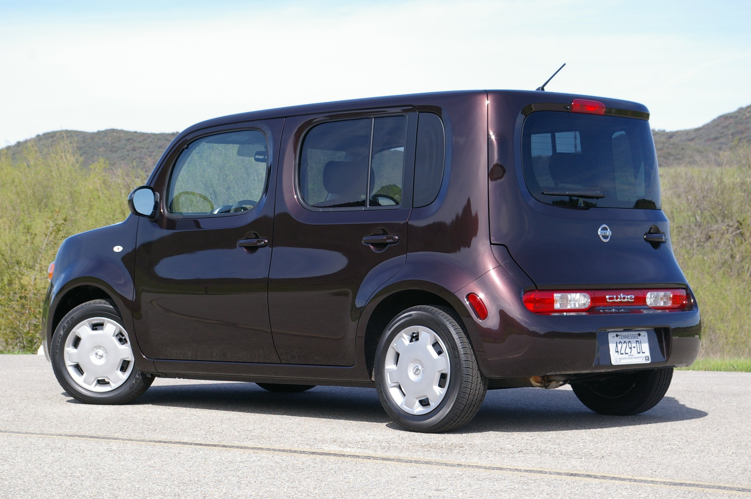 nissan cube 1.8 s-pic. 2