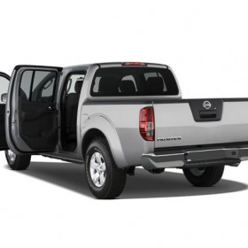 nissan frontier crew cab s-pic. 2