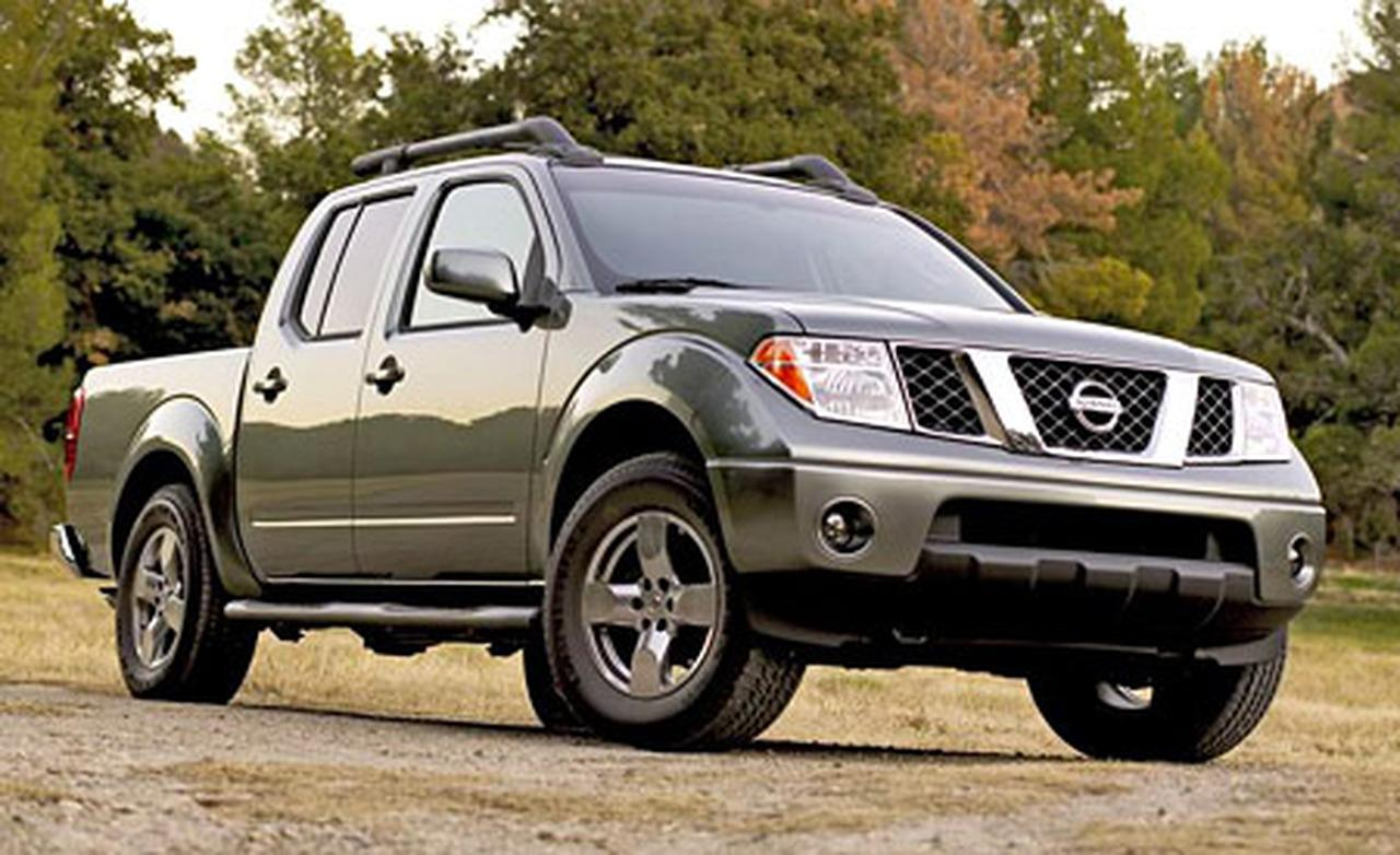 nissan frontier crew cab s-pic. 3