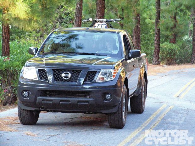 nissan frontier king cab pro-4x-pic. 2