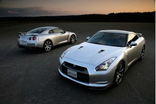 nissan gt-r-pic. 1