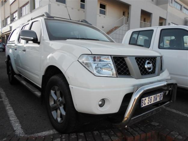 nissan navara 4 0 v6 photos and comments. Black Bedroom Furniture Sets. Home Design Ideas