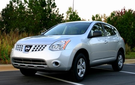 nissan rogue s-pic. 1