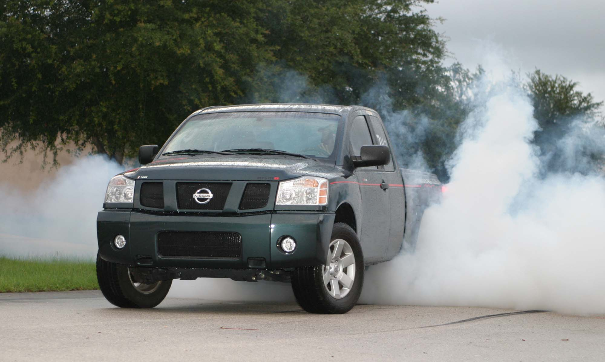 nissan titan king cab photos and comments. Black Bedroom Furniture Sets. Home Design Ideas