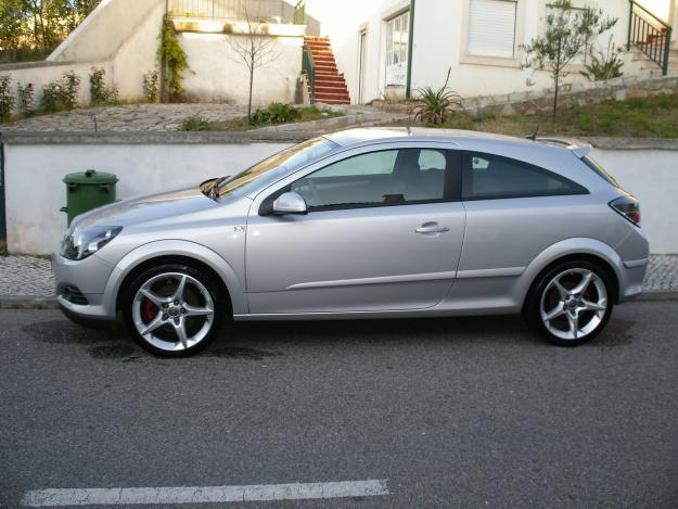 opel astra gtc 1 9 cdti sport photos and comments www. Black Bedroom Furniture Sets. Home Design Ideas