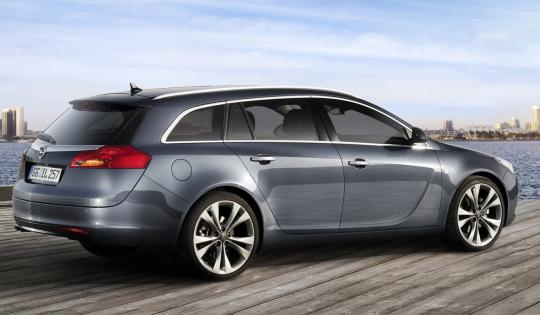 opel insignia sports tourer-pic. 2