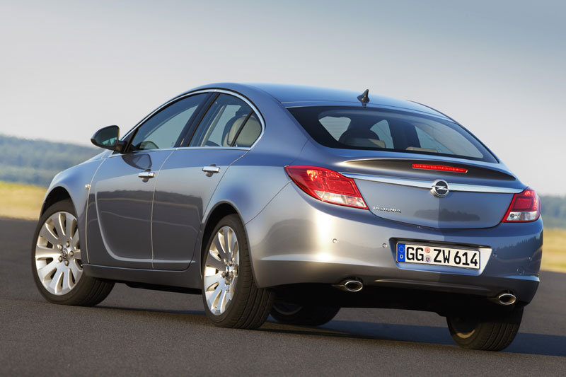 opel insignia sports tourer 2 0 turbo 4x4 photos and. Black Bedroom Furniture Sets. Home Design Ideas
