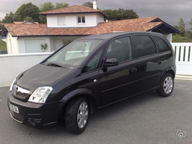 opel meriva 1 7 cdti enjoy photos and comments. Black Bedroom Furniture Sets. Home Design Ideas