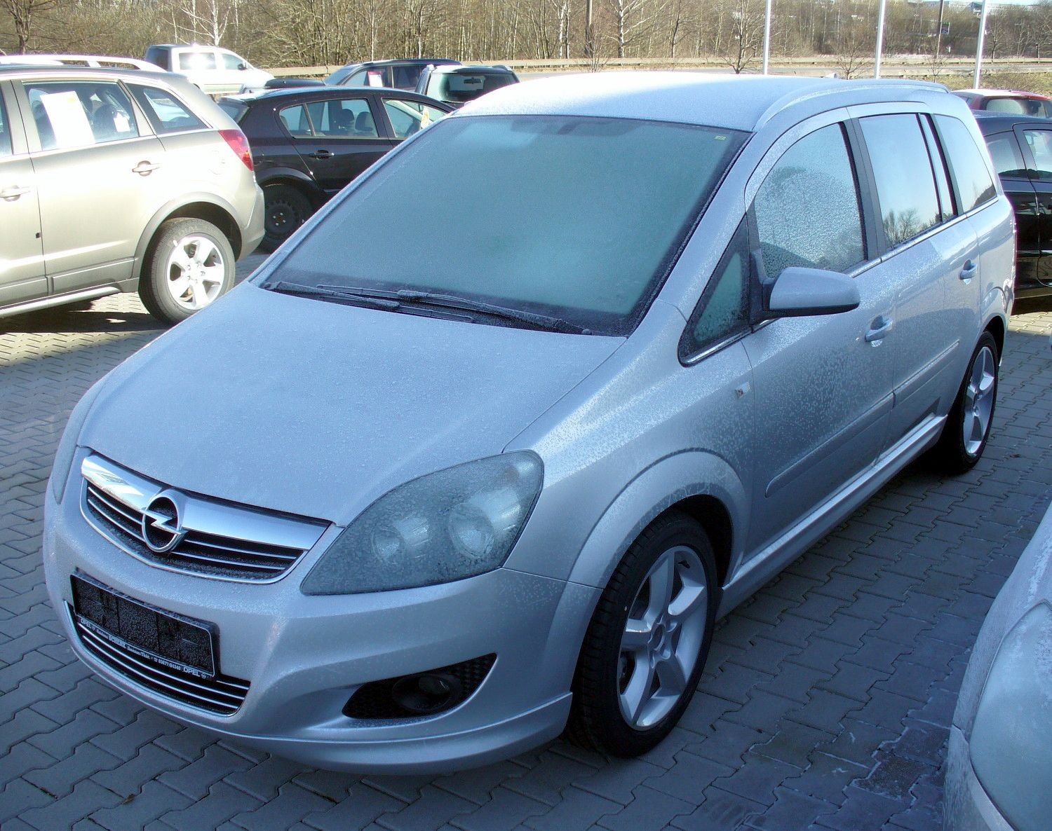 opel zafira 1 8 photos and comments. Black Bedroom Furniture Sets. Home Design Ideas