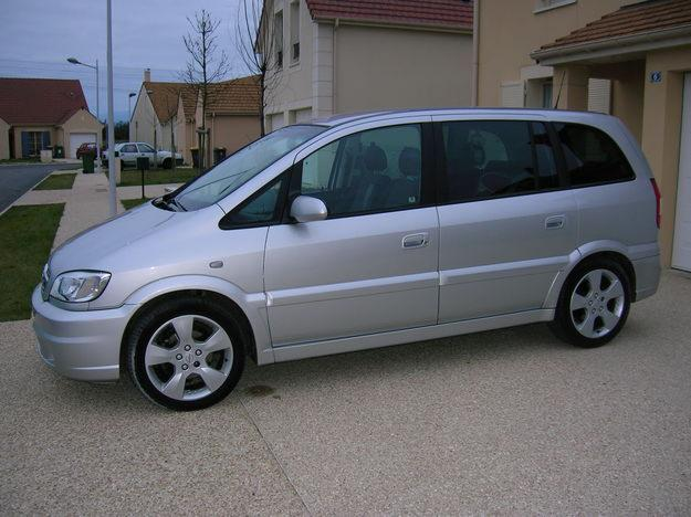 opel zafira 2 0 dti photos and comments. Black Bedroom Furniture Sets. Home Design Ideas
