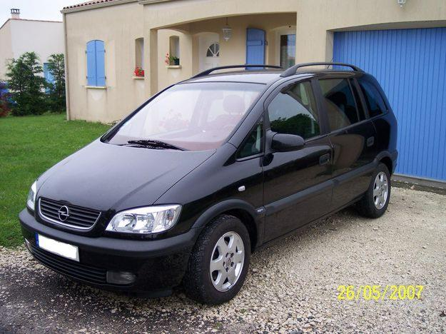opel zafira 2 2 dti photos and comments. Black Bedroom Furniture Sets. Home Design Ideas
