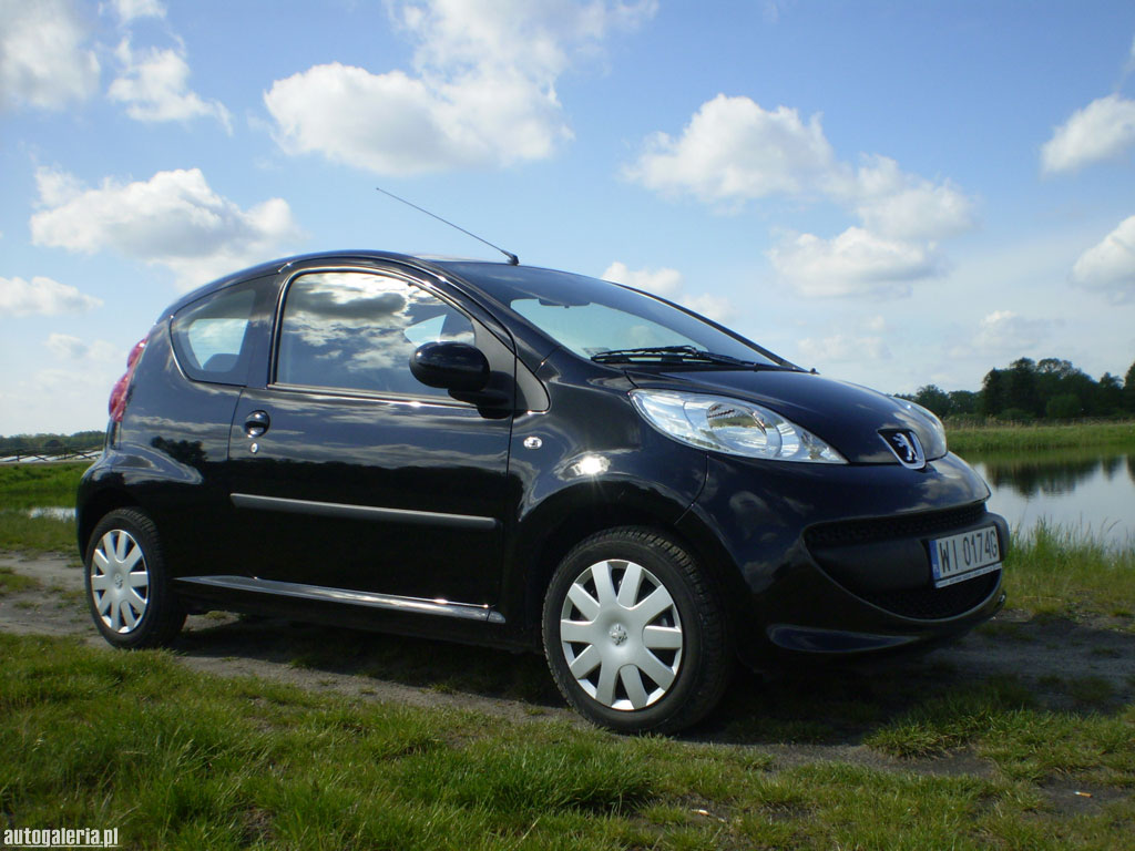 peugeot 107 1 0 trendy photos and comments