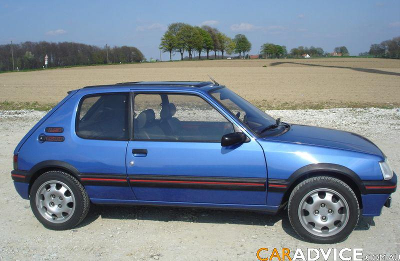 peugeot 205 1 9 gti photos and comments. Black Bedroom Furniture Sets. Home Design Ideas