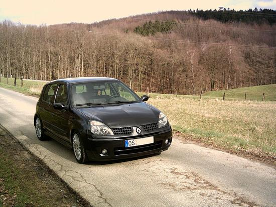 renault clio 1 6 16v photos and comments