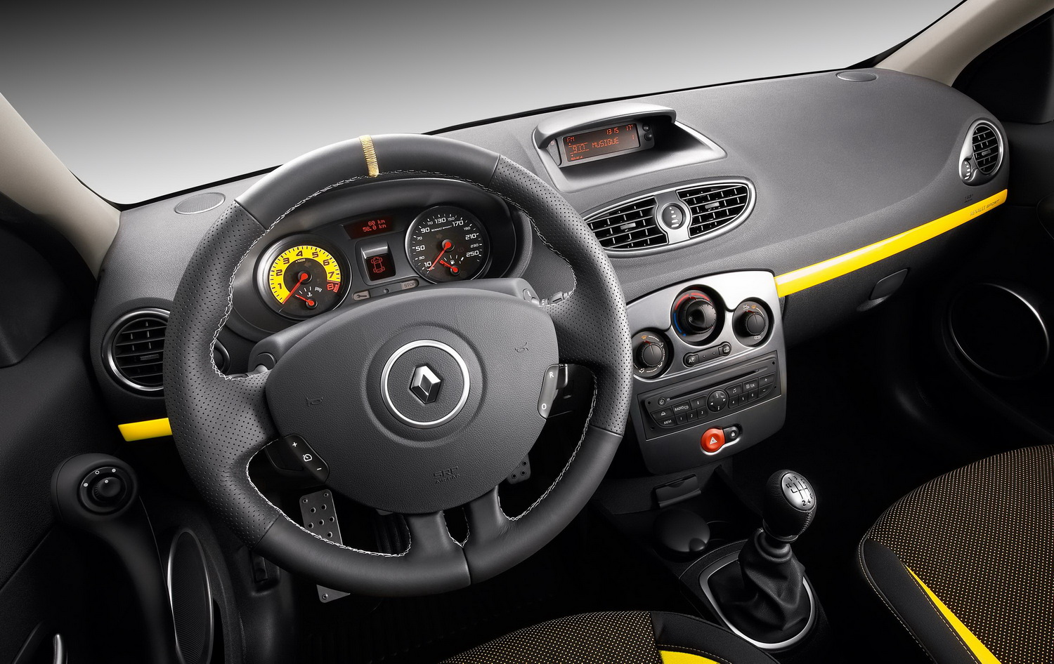 renault clio rs cup-pic. 2