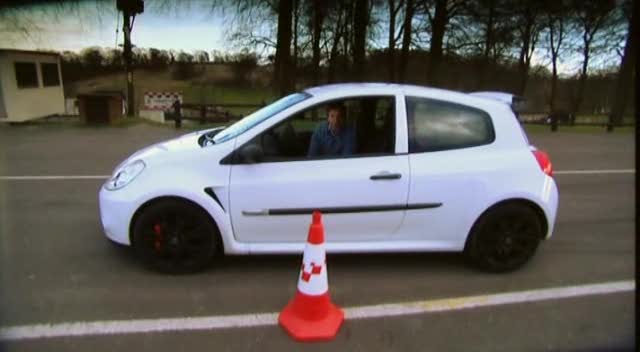 renault clio sport cup-pic. 1