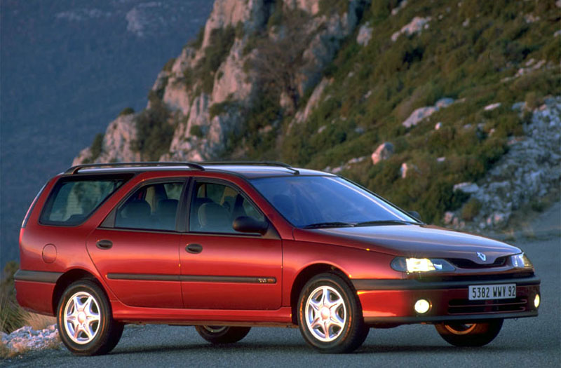 renault laguna break photos and comments
