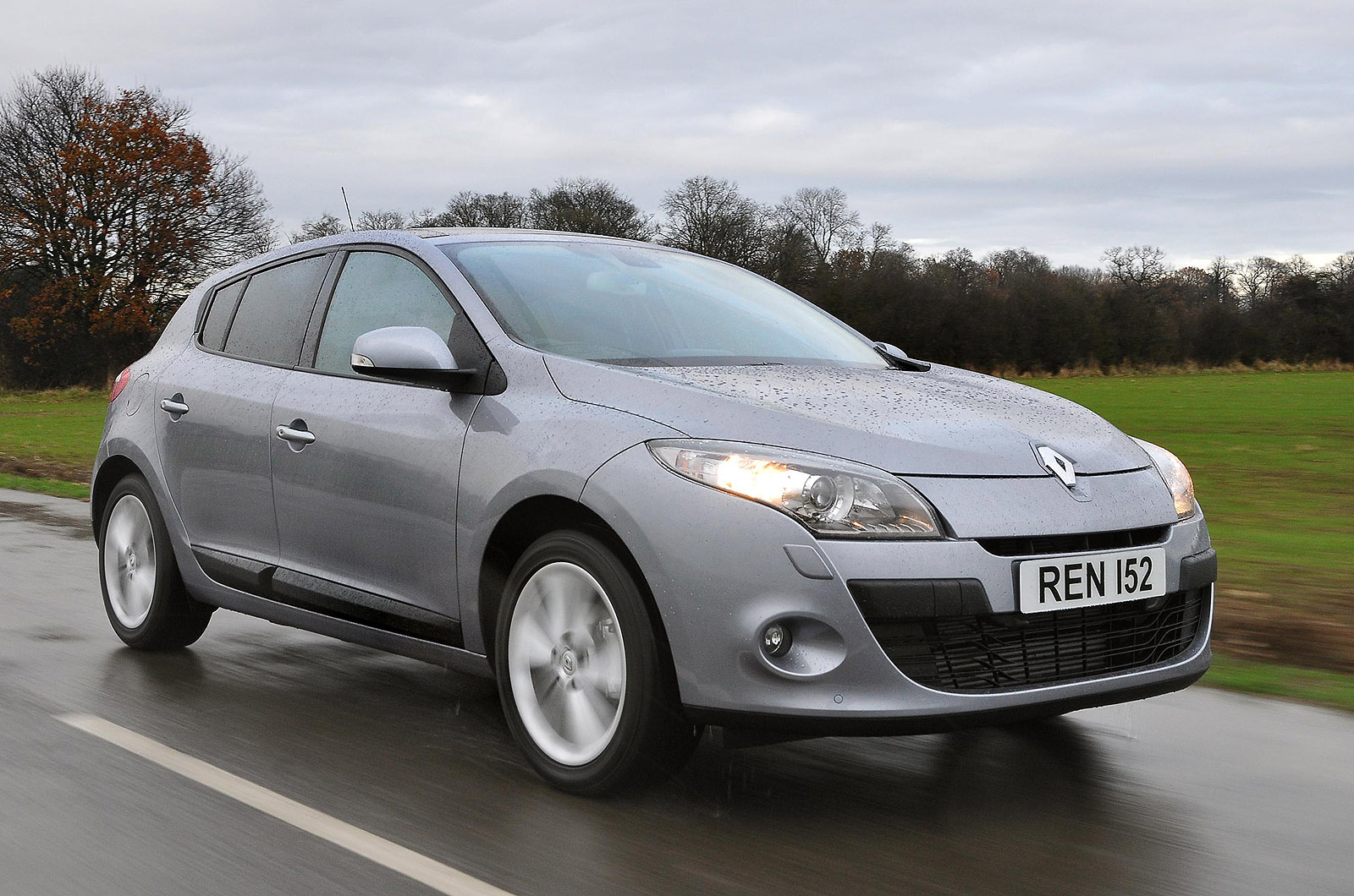 renault megane 1 4 tce 130 photos and comments