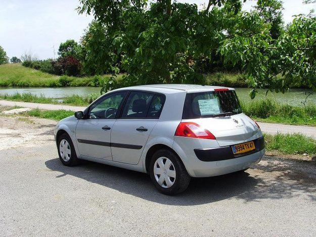 renault megane 1.5 dci authentique-pic. 1