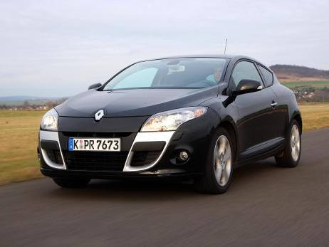 renault megane coupe tce 130 photos and comments. Black Bedroom Furniture Sets. Home Design Ideas