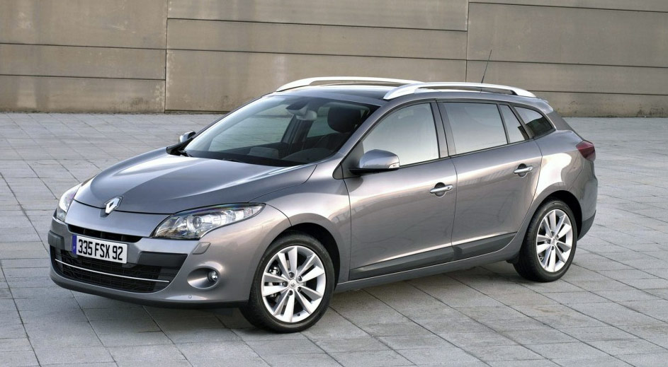 renault megane estate-pic. 2